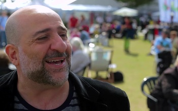 Interview - Omid Djalili (2014)