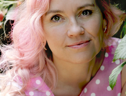 YA Author Wins 2016 Edinburgh International Book Festival First Book Award