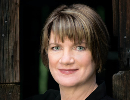 """""""How do you tell the story of a nation through millions and millions of letters?"""" Jeanne Marie Laskas at the Edinburgh International Book Festival."""