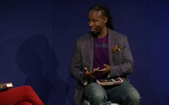 Ibram X Kendi talks to DeRay Mckesson at the Edinburgh International Book Festival
