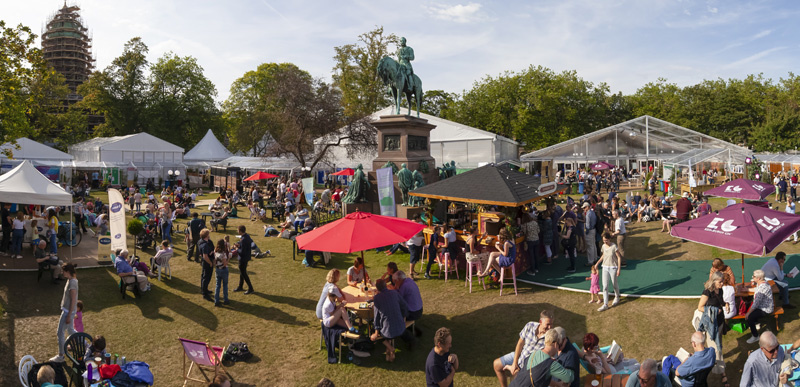 A sunny day at the Book Festival