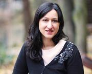 Arifa Akbar: The Complexity of Sisterhood