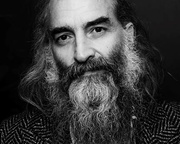 Warren Ellis: The Beautiful Connections of a Bad Seed