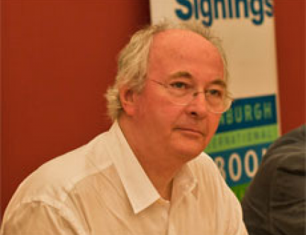 Philip Pullman speaks out in support of public libraries