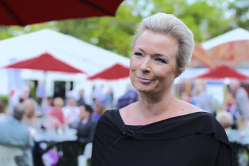 Interview - Helle Helle (2015)